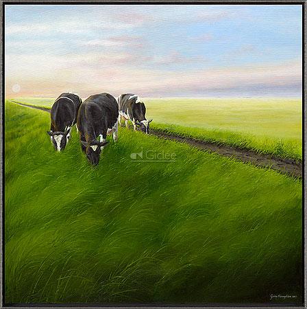 Three ladies on a dike