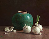 Gingerpot and white onions on dar…