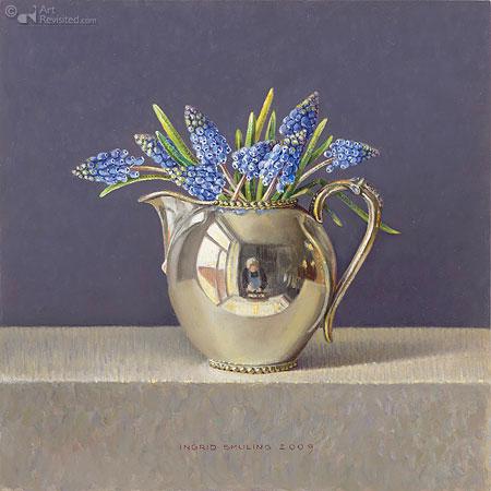 Blauwe druifjes in zilveren kannetje