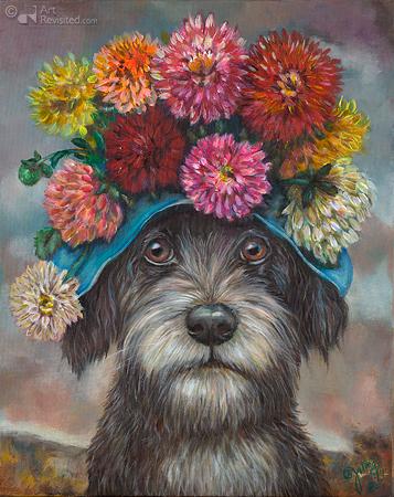 Hond met dahliahoed